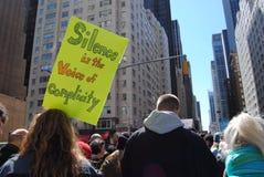 Współsprawstwo, cisza, Marzec dla Nasz żyć, protest, NYC, NY, usa fotografia royalty free