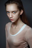 Wspaniała brunetki młoda kobieta Fotografia Royalty Free