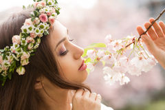 Wspaniała wiosny kobieta obrazy royalty free