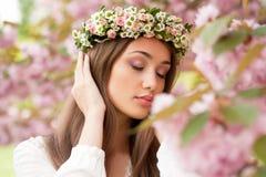 Wspaniała wiosny kobieta zdjęcie stock