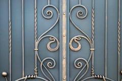 wspaniałe żelazo bramy, ornamentacyjny skucie, forged eleme obrazy royalty free