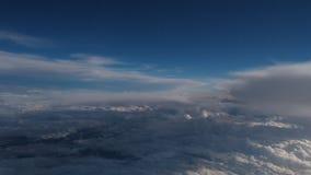 Wspaniałe chmury od prawdziwej dużej wysokości strzelali od above zbiory wideo