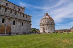 Wspaniały dzienny widok przy Pisa Baptistery St John wielki baptistery w Włochy, w kwadracie cudu piazza dei Zdjęcia Royalty Free