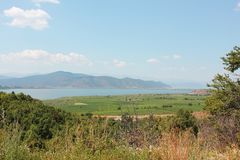 Wspaniały widok przy Prespes Jeziorny Florina Grecja obrazy stock