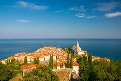Wspaniały widok z lotu ptaka stary miasteczko Piran, Slovenia zdjęcia stock