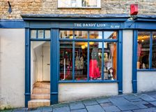 Wspaniały lwa sklepu przód w Frome, Somerset Zdjęcie Stock