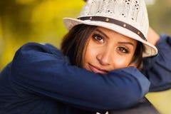 Wspaniała kobieta outdoors Zdjęcia Stock