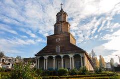Wspaniali Barwioni i Drewniani kościół, Chiloé wyspa, Chile Fotografia Stock