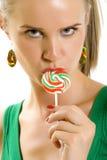 wspaniali oblizania lollypop kobiety potomstwa Zdjęcie Stock