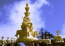 Wspina się Emei, Sichuan, Porcelanowa statua Samantabhadra gigant Zdjęcie Stock