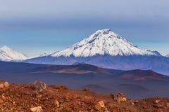Wspina si? Bolshaya Udina, powulkaniczny masywny, jeden powulkaniczny kompleks na Kamchatka, Rosja fotografia stock
