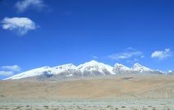 Wspina się Muztag Ata ojciec lodowe góry Fotografia Stock