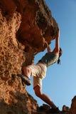 wspinaczkowej dziewczyny plenerowa skała Zdjęcia Royalty Free