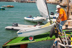 Wszczynać Children jacht w Pomorie Bułgaria fotografia stock