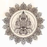 Wszystkie widzii oko w ozdobnym round mandala wzorze Mistyczka, alchemia, ilustracji