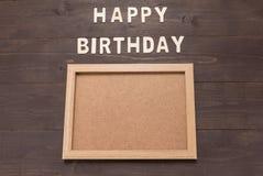 Wszystkiego Najlepszego Z Okazji Urodzin i rama obrazek na drewnianym tle z kopią Zdjęcie Royalty Free