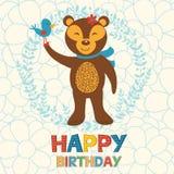 Wszystkiego najlepszego z okazji urodzin karta z szczęśliwym niedźwiedziem i ptakiem ilustracji