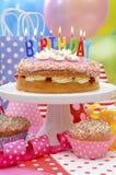 Wszystkiego Najlepszego Z Okazji Urodzin przyjęcia stół Zdjęcie Stock