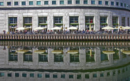 Wszystko Zakazują Jeden przy Docklands Londyńskimi Obraz Royalty Free
