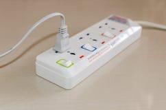 Wtyczkowy elektrycznej władzy pasek Fotografia Stock