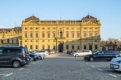 Wuerzburg, Duitsland - Februari 18 2018: Vooraanzicht van het koninklijke woonplaatspaleis in Wuerzburg stock foto