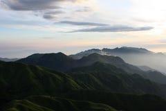 wugongshan morgon mt Arkivfoton