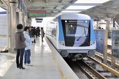 Wuhan, Porzellan: helle Schiene Lizenzfreie Stockfotografie