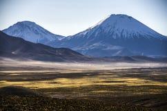 Wulkan Parinacota, Chile zdjęcie stock