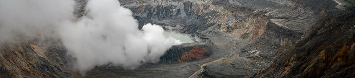 Wulkan Poas w pobliskim San Jose obraz royalty free