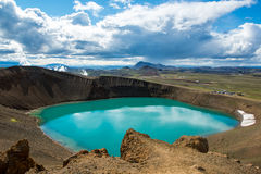 Wulkanu krater Viti z turkusowym jeziorem inside, Krafla powulkaniczny teren, Iceland Fotografia Royalty Free