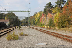 Wunderbare Herbstfarben der Bahnstation Lizenzfreie Stockfotografie