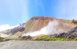 Wunderbare isländische Naturlandschaft Fjallabak-Naturreservat Brennisteinsalda-Vulkan lizenzfreies stockbild