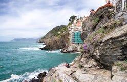 Wunderbare Küstenfarben von Riomaggiore würzen im Frühjahr, Cinque Lizenzfreies Stockbild