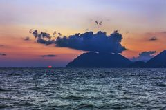 Wunderbarer Seesonnenuntergang Lizenzfreie Stockbilder