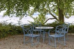 Wunderbarer Sitzbereich im Freien, bei Bodensee Stockbild