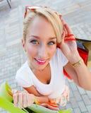 Wunderbares Frauen-Einkaufen Stockfotografie