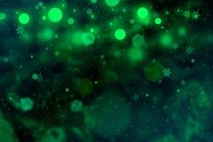 Wunderbares glänzendes Funkelnlichter defocused bokeh abstrakter Hintergrund mit fallenden Schneeflocken fliegen, festal Modellbe vektor abbildung