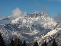 Wunderbares Panorama von Monte Pora zu Presolana nach Schneefälle Orobie Prealps, Bergamo Stockbilder