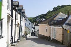 Wunderliche kornische Straße, Cornwall, Großbritannien lizenzfreies stockbild