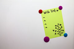Wunschliste des Kühlschrankanmerkungsweihnachtsneuen Jahres Stockbilder