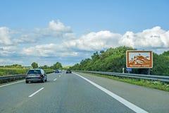 Wurmlinger Kapelle znak, Autobahn, Niemcy obraz royalty free