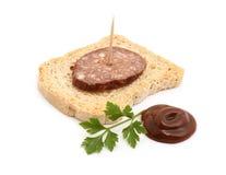 Wurst auf Brot Lizenzfreie Stockbilder