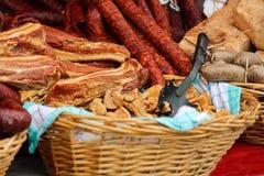 Wurst, Fleisch, Leberwurst, Knistern, typisches Marktlebensmittel stockbild