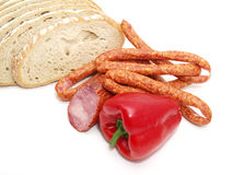 Wurst mit Brot und Gemüse Lizenzfreie Stockfotos