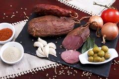 Wurstmischung in einem portugiesischen traditionellen umgebenden Lizenzfreie Stockfotos
