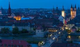 Wurzburg Duitsland bij nacht stock foto's