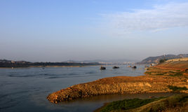 Wuzhou donnant sur le Xijiang photo libre de droits