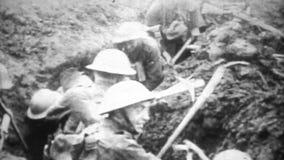 WW1 - Εχθροπραξία Montage τάφρων απόθεμα βίντεο