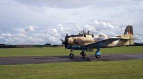 WW2飞机着陆 库存照片