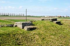 WW1 foxhole geul van dood in Diksuimde Vlaanderen België royalty-vrije stock foto